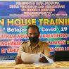 Untuk Membantu Murid  yang Kurang Mampu SD Negeri II Abepura Gunakan Sistem Offline ( In House Training)
